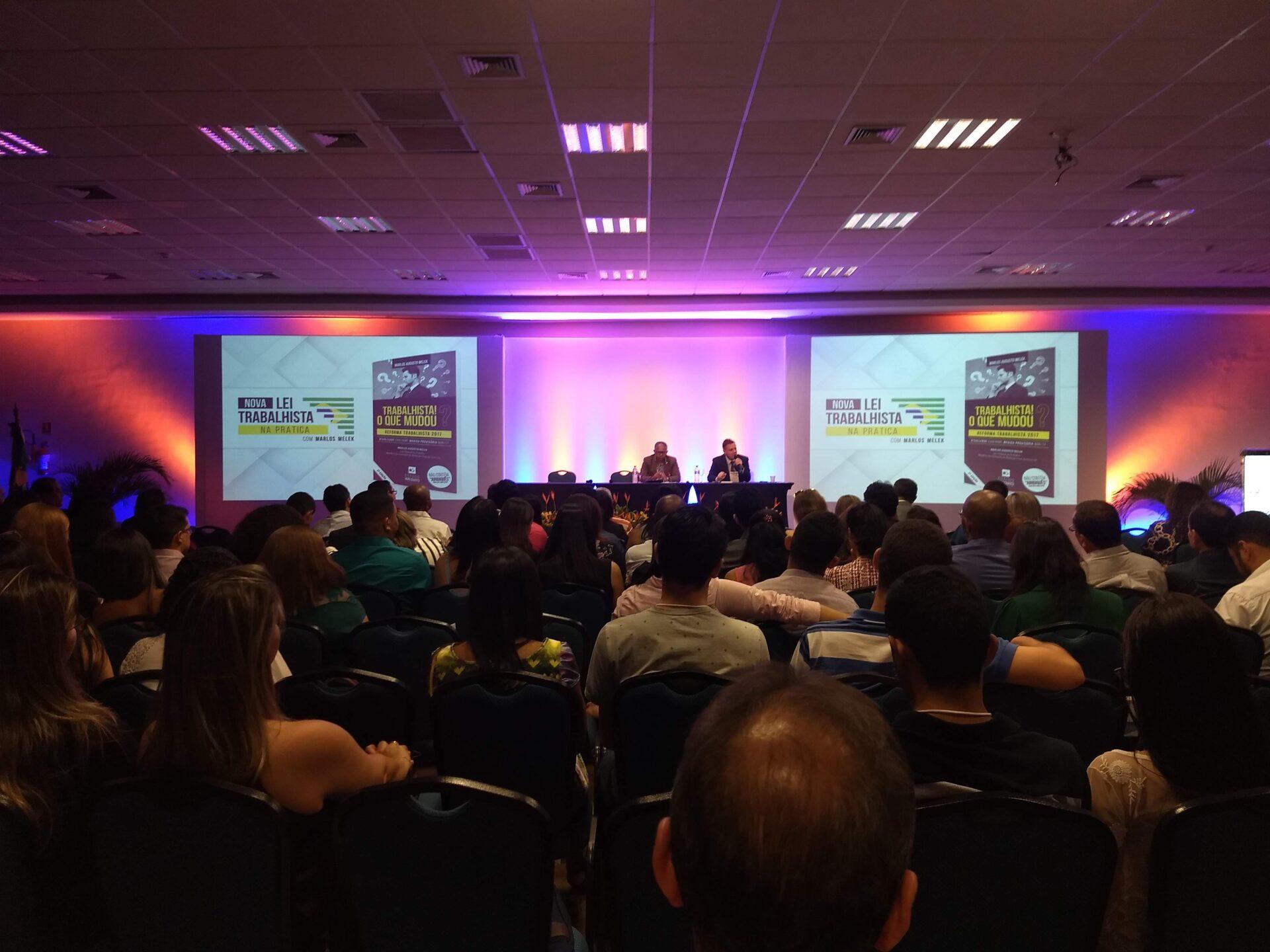Palestras, debates, painéis, apresentações de artigos e IV Encontro Estadual da Mulher Contabilista marcam segundo dia da IV Convenção Alagoana de Contabilidade
