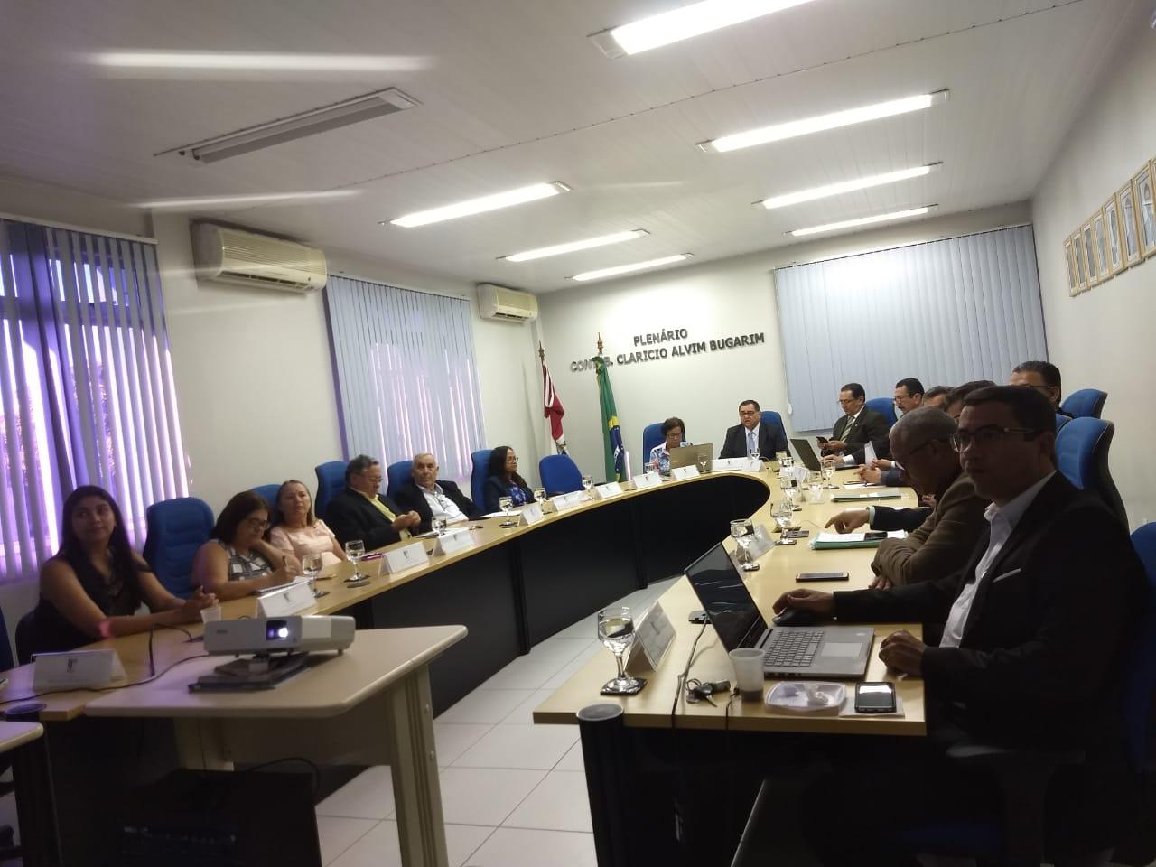 Conselho Diretor se reúne no CRCAL para Plenária referente ao mês de setembro