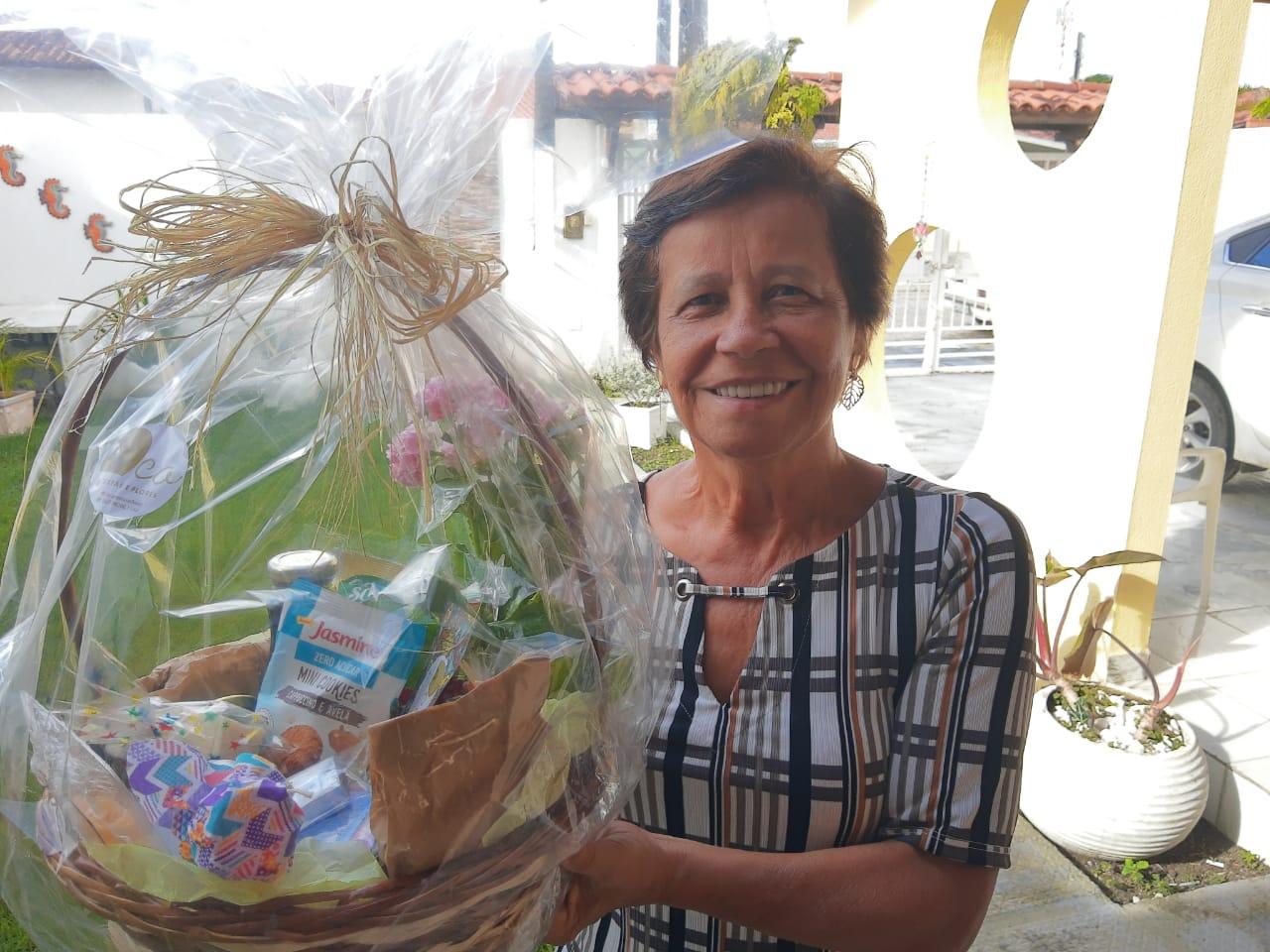 43 anos de trabalho: CRCAL homenageia Selma Araújo, a funcionária mais antiga do Sistema CFC/CRCs